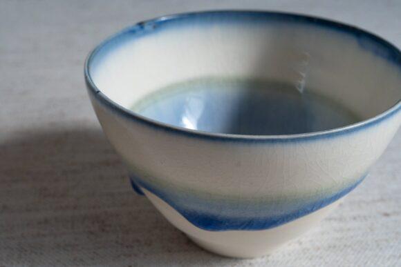 藤内紗恵子さんの藍色湯呑